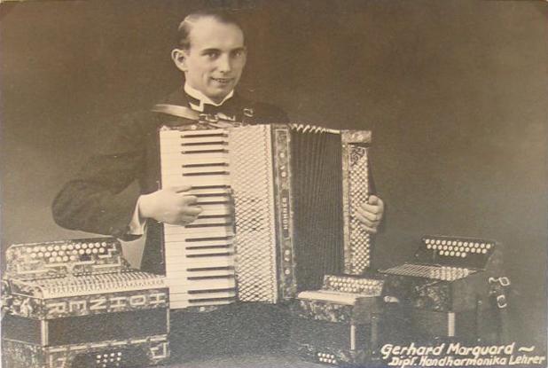 """Der Gründer des Akkordeonorchesters """"Stern""""Marquard"""
